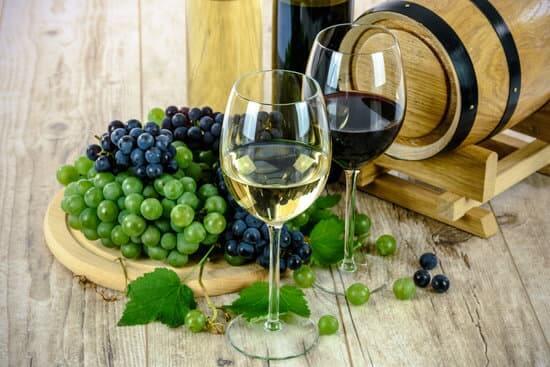 巣ごもりワイン写真